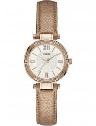 Наручные часы Guess W0838L6, стоимость: 3880 руб.